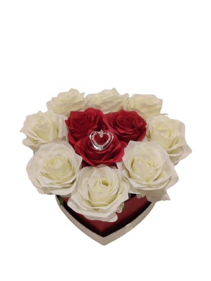 Herzform-Kuenstliche-Rose-weiss-rot-Metallherz-Silber1-185x17x75cm